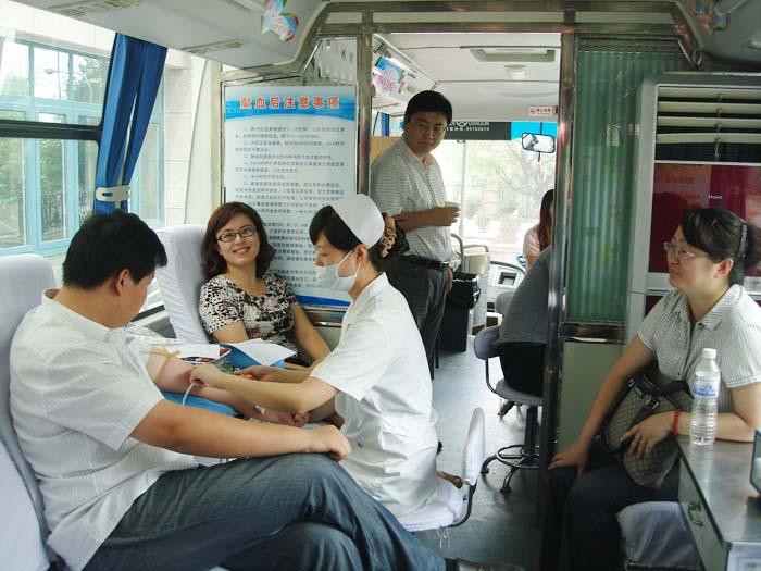 我所律师积极参加无偿献血活动